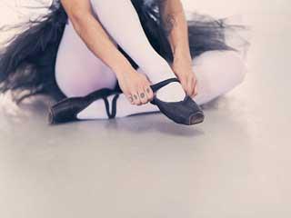 लड़कियों का ये राज खोलता है उनका सैंडिल पहनने का स्टाइल