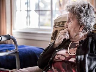 वर्ल्ड अल्जाइमर डे: भूलने की इस बीमारी को ऐसे करें कंट्रोल