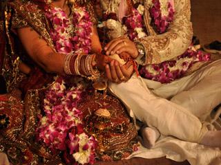 इन 3 महीनों में शादी करने वाले कपल्स रहते है सबसे खुश