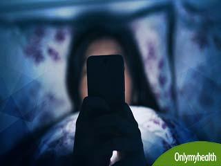 अंधेरे में यूज करते हैं स्मार्टफोन, तो हो सकती है ये बीमारी