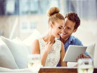 इन 7 तरीकों से करें रिश्तों को रिचार्ज, बढ़ जाएगी प्यार की वैलीडिटी