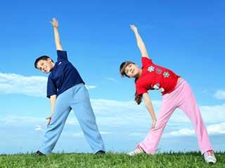 बच्चों को सिखाएं ये 5 एक्सरसाइज़, बढ़ेगी लंबाई-तेज होगा दिमाग
