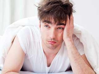 इन 5 कारणों से पुरुषों को होती है अत्यधिक थकान