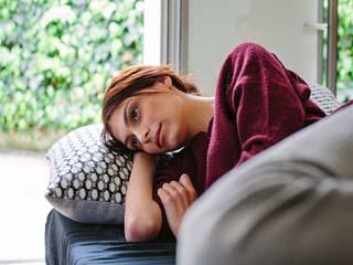 महिलाओं के लिए जानलेवा है फिस्टुला रोग, पहचाने इसके लक्षण