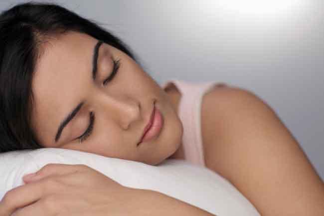 कम नींद लेना