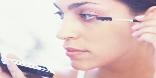 Fix your Ageing Facial Skin with Make-up