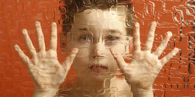 World Autism Awareness Day 2014: An Introvert or Autistic? Know about the Reality of Autism Through its Symptoms