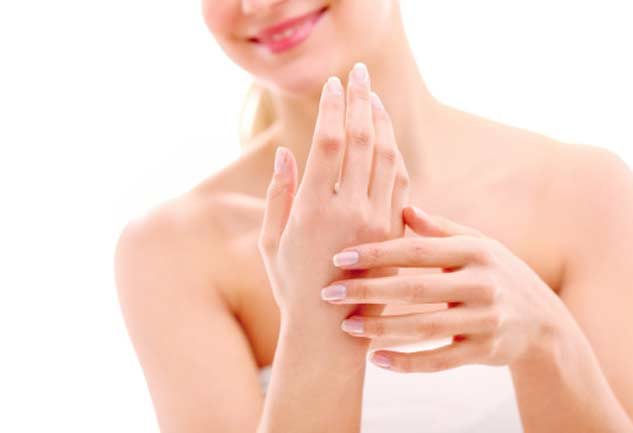 White Spots on your Nails are not Due to Calcium Deficiency