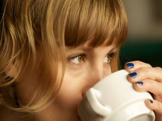 Why Sipping <strong>Coffee</strong> is Good for your Skin?