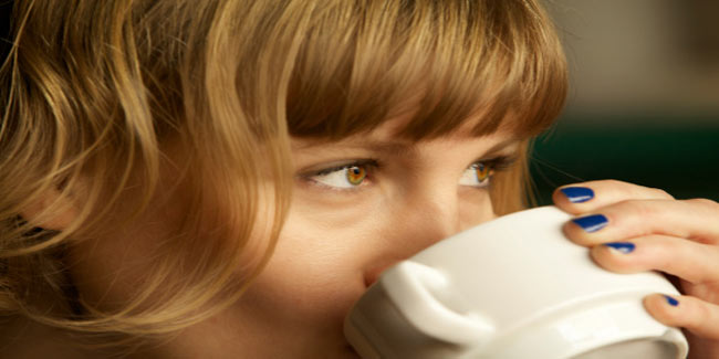 Why Sipping Coffee is Good for your Skin?