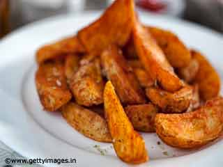 <strong>Recipe</strong> Mexican Potato Wedges with Tomato Salsa