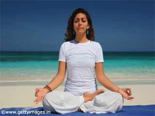 Surya Bhedan <strong>Pranayama</strong> - Yoga For Diabetes