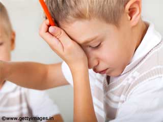 Warning Signs of a Child under Exam related <strong>Stress</strong>