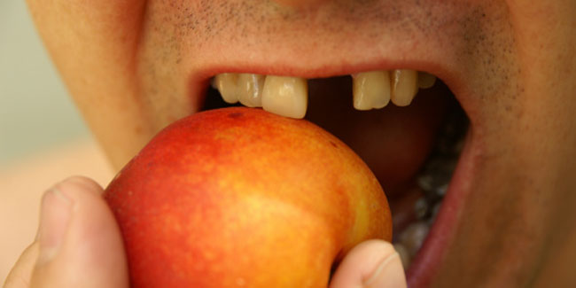 Trick to Prevent Tooth Discolouration