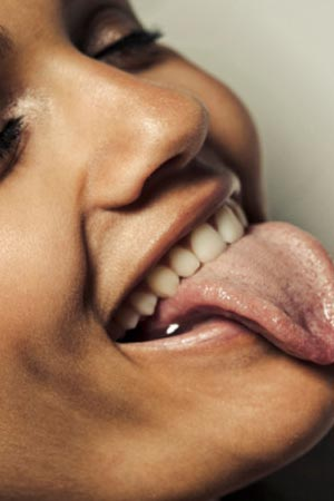 Simple Tongue Test can <strong>reveal</strong> 14 distinct Diseases
