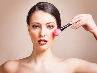 Tips to Apply the Perfect Blush and Stun the World with your Radiant Face
