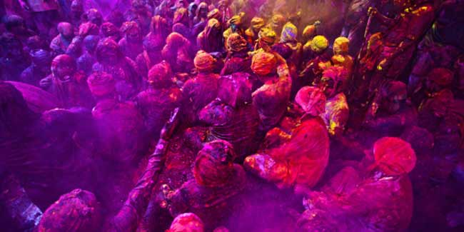 Treat Your Skin and Hair Naturally During and After Holi