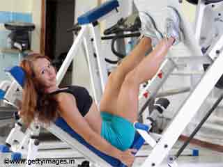 Exercises For <strong>Women</strong> - Leg Extension Exercise