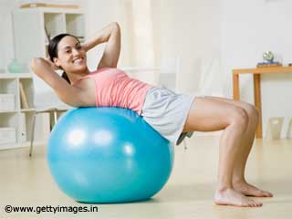 Exercises For Women - Medicine ball Basic Crunch