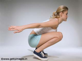 <strong>Exercises</strong> For Women - Squats