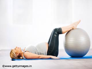 Pilates - Hamstring Curl on a Ball