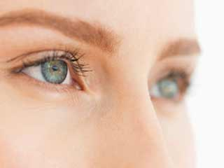 What is the treatment for floater in the eye?