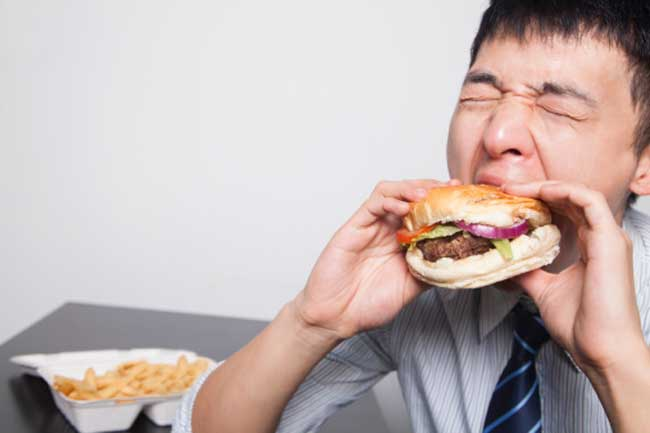 Unhealthy habits you must abandon right now