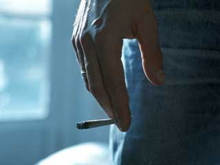Men who Smoke could Give Birth to Children with Asthma, Finds <strong>News</strong> Study