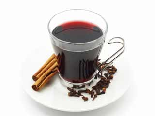 Amazing health benefits of clove tea