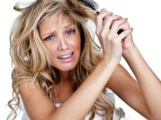 Home Remedies for <strong>Dry</strong> Hair and Split Ends