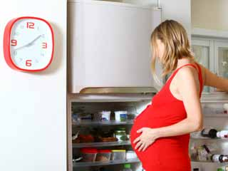 <strong>Pregnant</strong> <strong>Women</strong> Should Take More Omega-3s