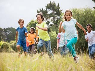 Seven <strong>tips</strong> to <strong>keep</strong> kids safe from summer heat