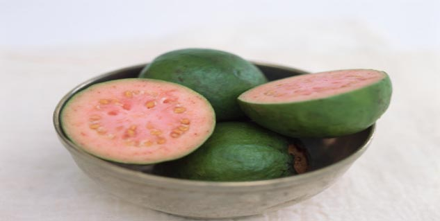 Guava in Hindi
