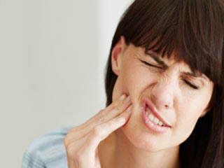 Effective home remedies for root canal pain