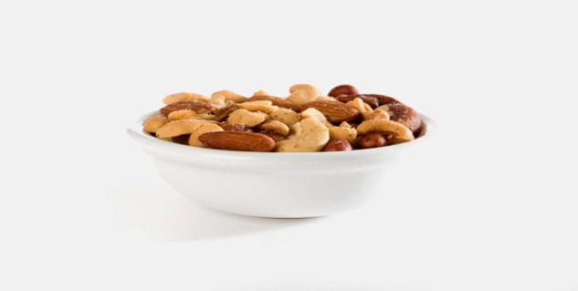 almond and peanut in hindi
