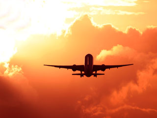 Air <strong>travel</strong>: Keep in mind these precautions before you take off