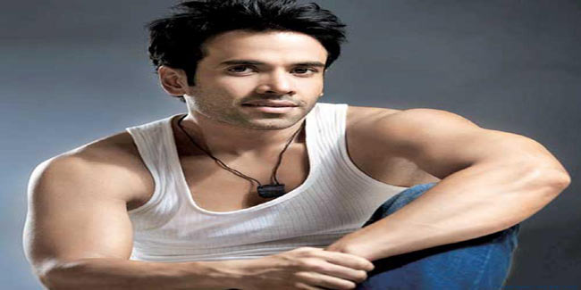 Learn what keeps Tusshar Kapoor fit despite his pizza fetish