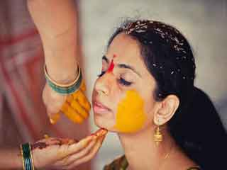 How to make haldi ceremony paste for brides with <strong>acne</strong>-<strong>prone</strong> <strong>skin</strong>