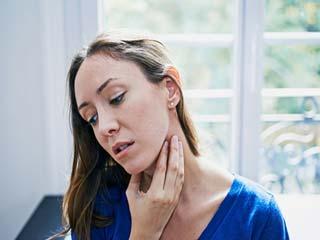 Home remedies for sore throat and <strong>swollen</strong> glands that really work