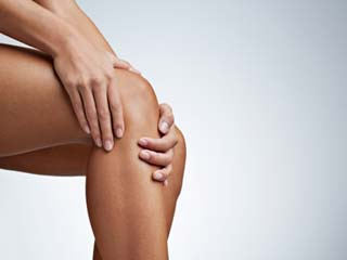 How to <strong>treat</strong> knee pain naturally