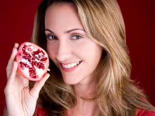 Pomegranate <strong>benefits</strong> for skin