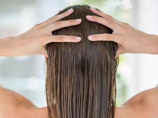 Does castor oil help hair growth? Yes.