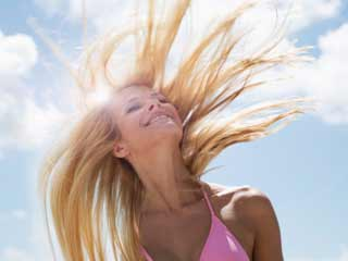 7 Most effective ways to keep scalp clean during summer