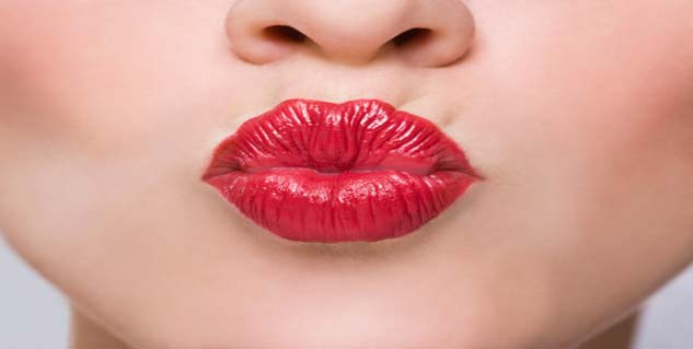 Unexpected ways you are destroying your lips