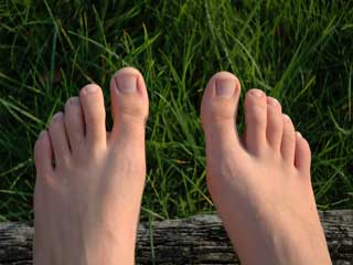 Tips to <strong>Relieve</strong> Toe Nail Pain