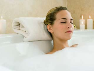 Enjoy a spa <strong>day</strong> at home with these 5 indulgent ways