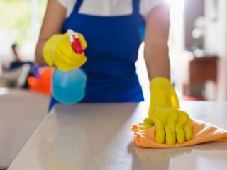Kitchen Wipes can cut Food Poisoning risk by 99 Percent