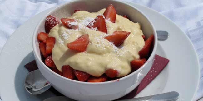 Healthy dessert: Fresh fruit custard recipe