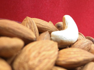 Eating Nuts regularly reduces <strong>Bowel</strong> Cancer Risk in Women
