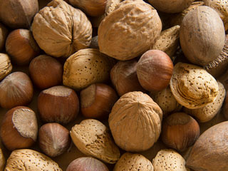 A Walnut Diet can Slow Colon Cancer Growth